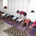 Group adhomkha vajrasana
